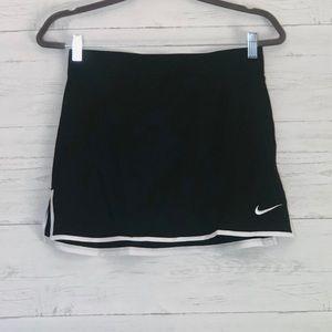 Nike DriFit Black Skort Size Small